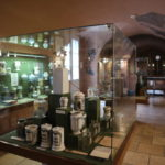 たびねす掲載のお知らせ「ハンガリー初の薬局を再現!ブダペスト《金の鷲薬局博物館》」